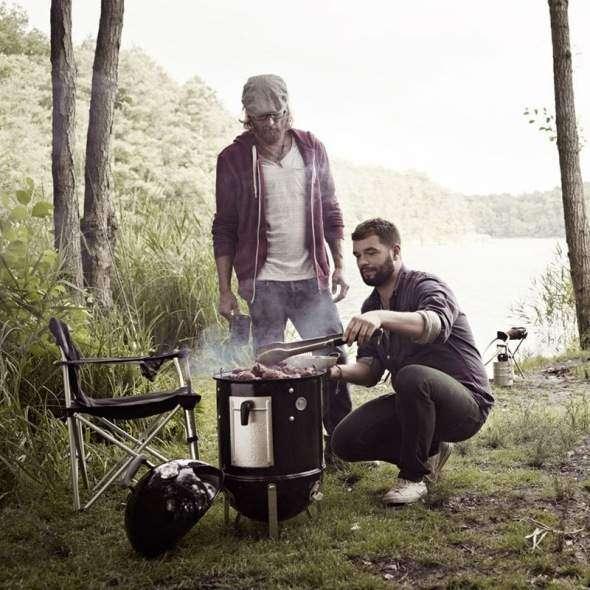 Affumicatore a carbone weber smokey mountain cooker 37 cm utilizzabile anche in campeggio