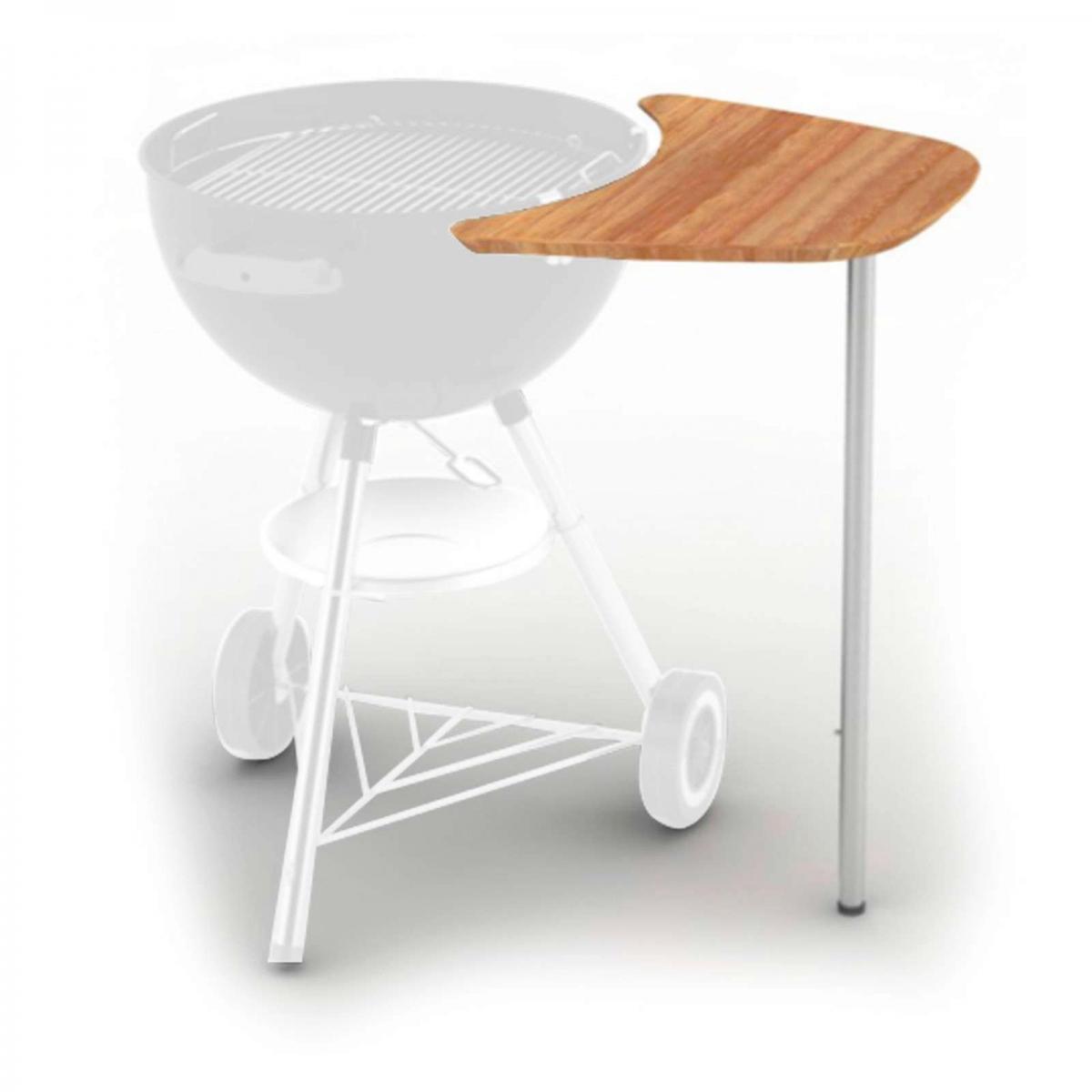 il tavolo laterale per i barbecue a carbone weber permette di cucinare a mani libere